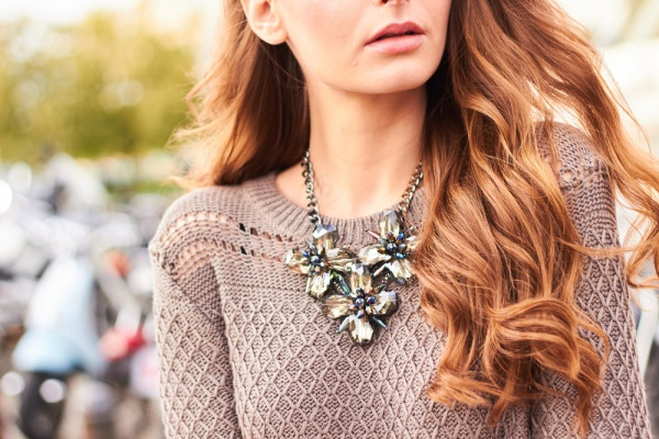Tips to choose the right fashion jewellery: